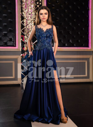 Elegant floor length pleated satin skirt evening party gown with royal sleeveless bodice